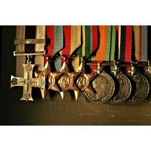 Награды, ордена, медали, знаки отличия и т.д