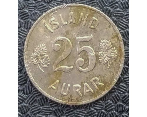 25 эйре 1967 год Исландия (аурар)